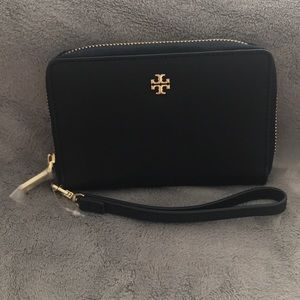 NWOT Authentic Tory Burch Navy Wristlet